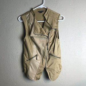 Double zero vegan leather zip vest medium nn7